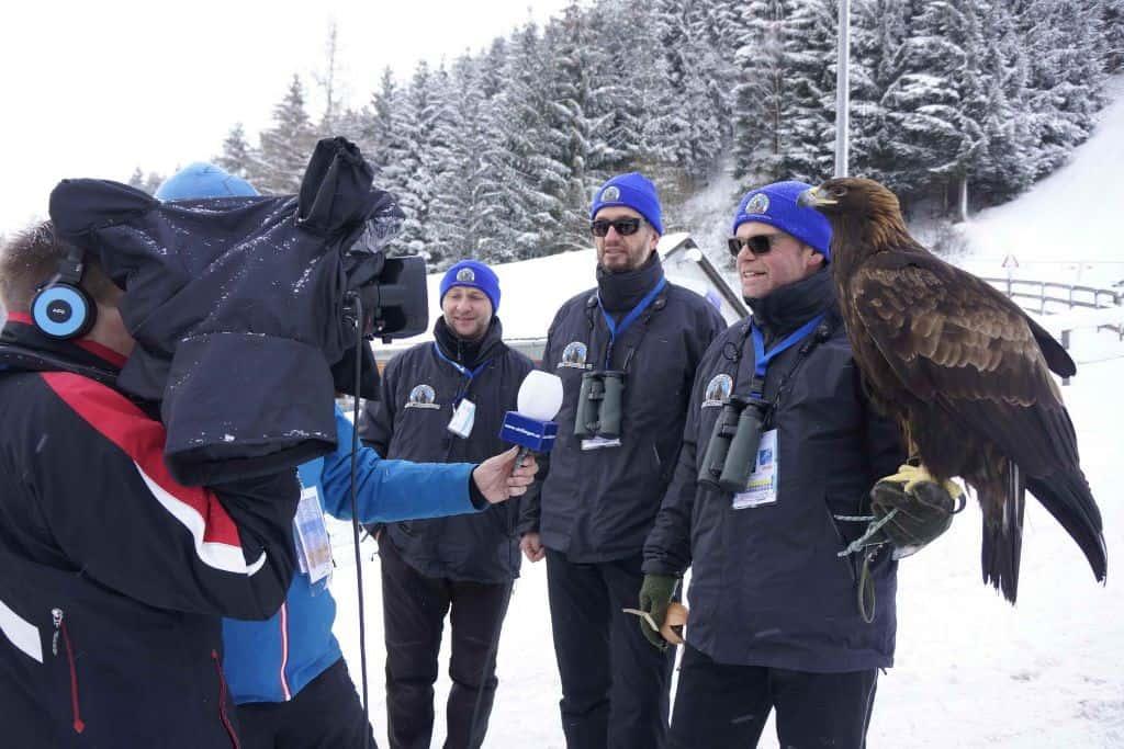 Falkner und Adler bei ORF Interview am Kulm