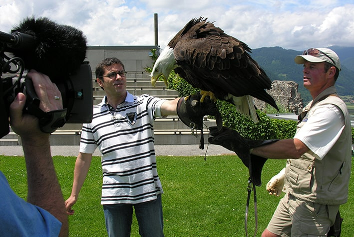 Andreas Jäger with bald eagle