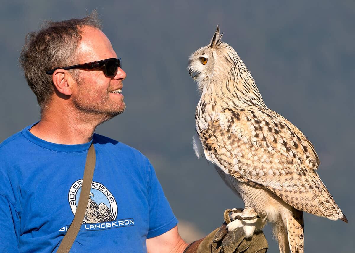 Schulklassen - Exkursion für Erfahrung mit Greifvögeln und Eulen