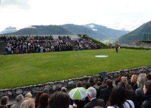 Die Arena der Greifvogelwarte Burg Landskron in Kärnten